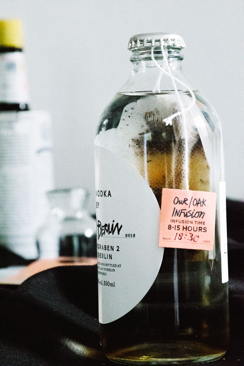 Our/Berlin vodka oak infusion step by step - Lisa-Marie Harris